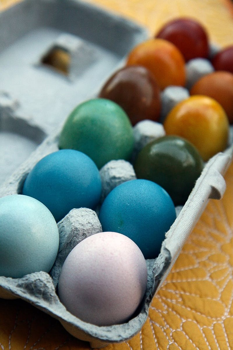 12 Naturally Dyed Eggs