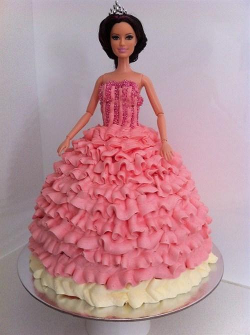 8 Princess Doll Cake