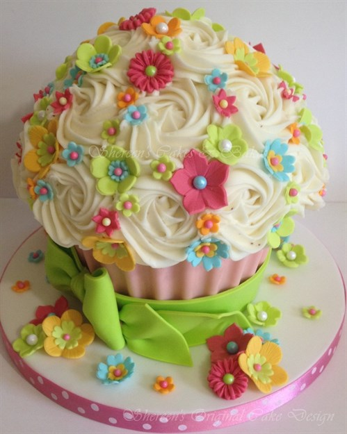 15 Amazing And Creative Birthday Cake Ideas For Girls,Tropical Fish Embroidery Designs