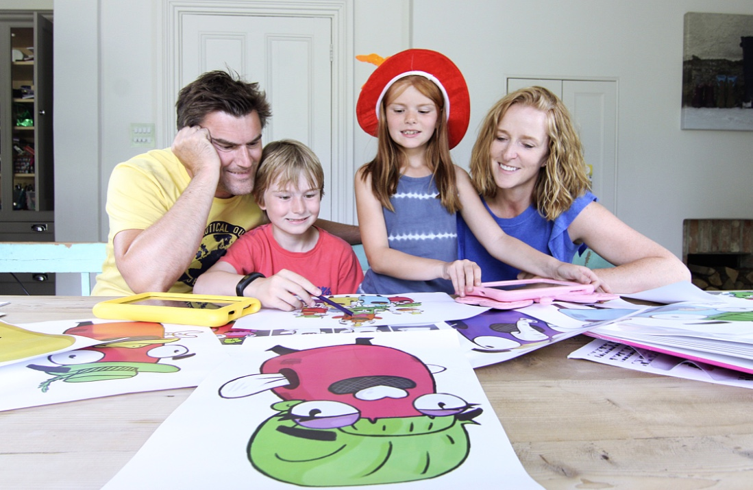 The Dance Family Decide On The Final Designs For The Zappicons Diaryzapp Wwwdiaryzappcom