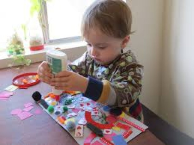 http://mamaisinspired.com/tag/child-crafts/