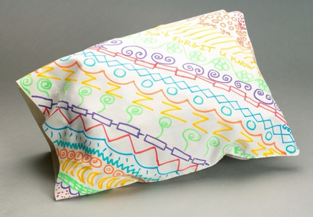 http://www.crayola.com/crafts/pillowcase-patterns-craft/