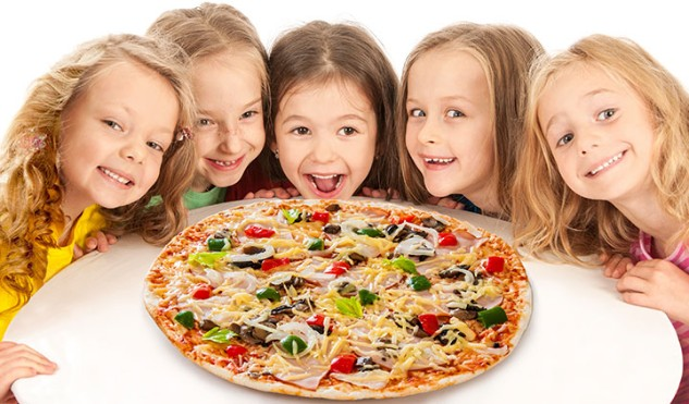 http://www.momjunction.com/articles/yummy-healthy-pizza-varieties-for-your-kids_0077534/