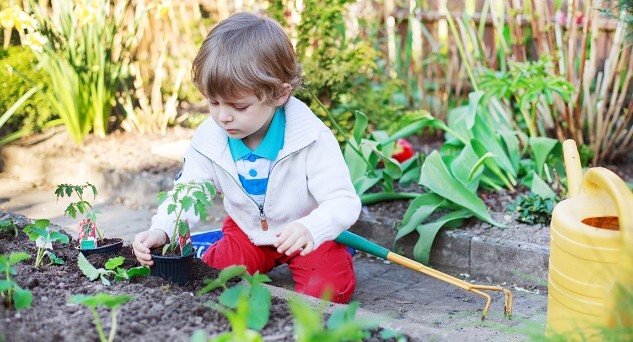 https://babyclub.asda.com/~/media/Baby/Images/2016/Inline/gardening-with-a-toddler_INLINE1.jpg