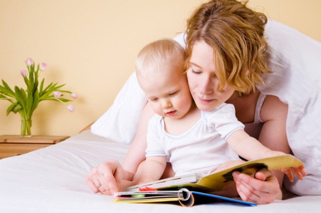 http://cdn.womensunitedonline.com/articles/image/P&B/baby-mom-reading.jpg