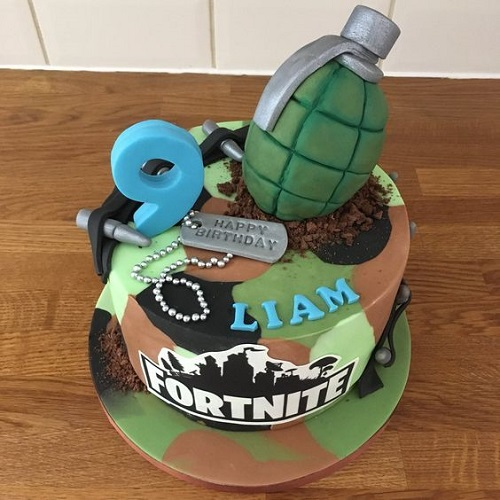 Peachy 15 Amazing And Creative Cake Ideas For Boys Personalised Birthday Cards Veneteletsinfo